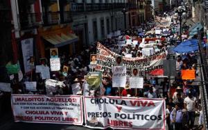 marcha en Puebla 131014